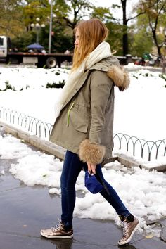 Love this winter casual outfit - especially the sneakers!
