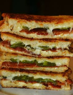 Bacon & Jalapeno Popper Grilled Cheese Sandwiches - I can never go back to normal grilled cheese sandwiches after eating these!!