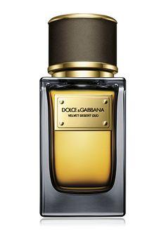 Dolce & Gabbana Fragrance Velvet Desert Oud Eau de Parfum - dark wood, deep amber, and smoke. Best Fragrance For Men, Best Fragrances, Perfume Rose, Passion Perfume, Dolce And Gabbana Fragrance, Dolce Gabbana, Perfume Carolina Herrera, Expensive Perfume, Perfume Diesel
