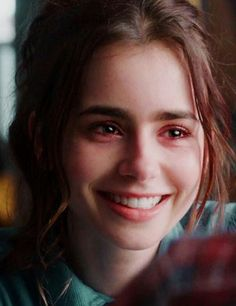 Lily Collins Eyebrows, Lilly Colins, Loose Waves Hair, Her Smile, Celebs, Celebrities, Portrait, Girl Crushes, Role Models