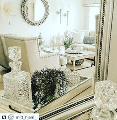Happy Tuesday! I love this dreamy reflection of a beautifully detailed sitting area. Details makes life beautiful.  Thanks @stylebysandra_ via @mitt_hjem_ for the lovely inspiration. #details #luxury #home #decor #repost