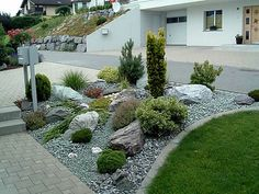 41 Relaxing Modern Rock Garden Ideas To Make Your Backyard Beautiful atural stones are a good element to integrate into a garden. Decorating with stones offers great variety and flexibility as […] Rock Garden Design, Modern Garden Design, Landscape Design, Contemporary Garden, Yard Design, Gravel Garden, Garden Stones, Landscaping With Rocks, Backyard Landscaping