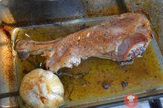 Recept na Pomaly pečené morčacie stehno