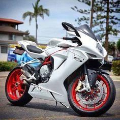 #MV #Agusta F3 #italiandesign Indian Motorcycles, Triumph Motorcycles, Suzuki Motorcycle, Moto Bike, Cool Motorcycles, Motorcycle Design, Motorcycle Style, Bike Design, Mv Agusta