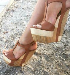 #ClogsShoesPlatform