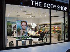 Natürliche Kosmetik ohne Tierversuche - mit diesem Geschäftskonzept begann vor über 30 Jahren der Erfolg des Franchisegebers The Body Shop. Erfahren Sie mehr über dieses erfolgreiche Geschäftsmodell: