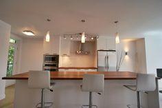 Cuisine Condo, Table, Design, Furniture, Home Decor, Kitchens, Decoration Home, Room Decor, Home Furniture