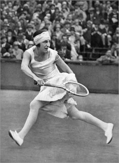 Suzanne Lenglen vann 1919-1923 och 1925 dam singeln. 1919 och 1920 över D. Lambert Chambers, 1919 10-8, 4-6, 9-7. 1920 6-3, 6-0. 1921 över Elizabeth Ryan 6-2, 6-0. 1922 över Molla Bjurstedt Mallory 6-2, 6-0. 1023 över Kitty McKane Godfree 6-2, 6-2, 1925 över Joan Fry 6-2, 6-0.