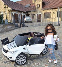 Chanel & Starbucks girl