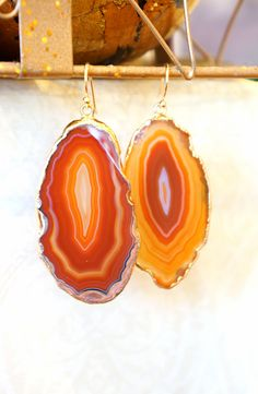Butterscotch Tan Agate Slice Earrings Agate Slice by VintagePinch #etsy #ooak #bridal #weddingblogger #instyle #style #styleblogger #fblogger #fashionblogger #fashion #fashionista #musthave #bostonblogger #anthropologie #teacherstyle #momfashion #momblogger #blogger #nyblogger #vogue #instafashion #handmade #valentinesday #mystyle