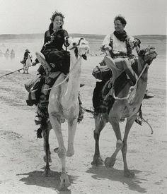 harrietvane:    Rachel Weisz and Brendan Fraser on the set of The Mummy (1999)
