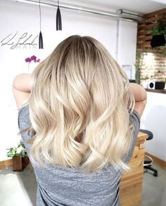 Blonde balayage will always have my heart #blondebalayage #blondehair #blonde #davinesnorthamerica #copperandashcollective #reneelalondehair #behindthechair #victoriahair #yyjhair #bestofhair #maneinterest #licencetocreate #americansalon #hairideas