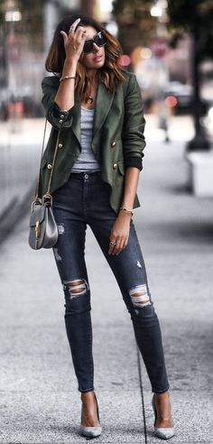 10 Most Affordable Clothing Websites You Didn't Know About! women's green and gray twinset Source by sevdaal The post 10 Most Affordable Clothing Websites You Didn't Know About! appeared first on Create Beauty. Mode Outfits, Fashion Outfits, Womens Fashion, Fashion Trends, Style Fashion, Green Fashion, Fashion Quiz, Jeans Fashion, Abaya Fashion
