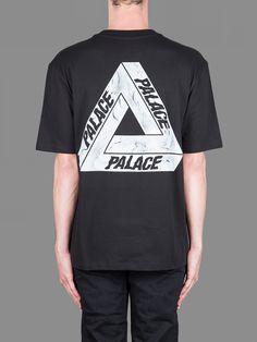 Palace Skateboards 'I AM AS STONED AS YOU THINK I AM' print short sleeved tee #palace #palaceskateboards