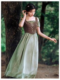 Green and Brown Off-the-Shoulder Medieval Inspired Dress Renaissance Dresses, Medieval Dress, Medieval Clothing, Medieval Peasant, Gypsy Clothing, Medieval Fashion, Witch Dress, Witch Outfit, Moda Medieval