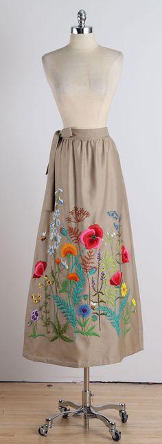 Wearable Garden . vintage 1970s skirt . by millstreetvintage