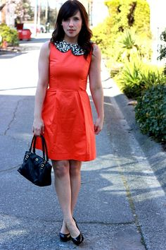 love the simplicity of the dress with the detailed collar combo!