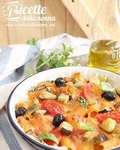 Rigatoni al forno con melanzane ciliegini e olive piccanti…