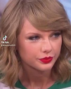 Taylor Swift Funny, Long Live Taylor Swift, Taylor Swift Videos, Taylor Swift Style, Loving Him Was Red, Black Pink Songs, Selena Gomez, Singers, Queens