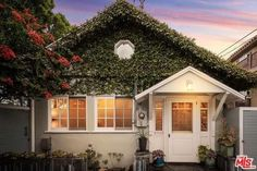 3707 Pacific Ave, Marina del Rey, CA 90292 - Home For Sale and Real Estate Listing - realtor.com®