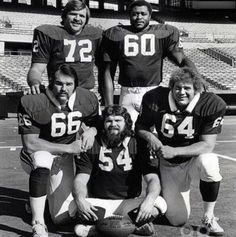 Football Cardinals Offensive Line, Clockwise from upper left: Dan Dierdorf ( Roger Finnie ( Bob Young ( Tom Banks ( and Conrad Dobler ( Nfl Football Players, Football Stadiums, Football Stuff, School Football, Sport Football, Sports Teams, St Louis Cardinals Football, Nfl Arizona Cardinals, Arsenal Soccer