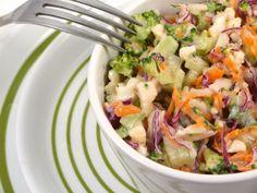 Salata+de+cruditati Potato Salad, Cabbage, Healthy Eating, Appetizers, Potatoes, Vegetables, Ethnic Recipes, Food, Drinks