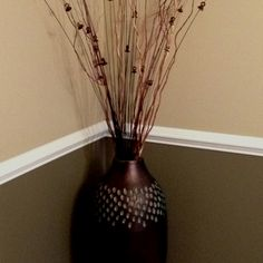 Two toned wall with vase