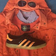 Away Days - Stone Island goggle jacket and personalised Gazelles - nice look. Adidas Og, Adidas Sneakers, Casual Wear, Casual Outfits, Football Casuals, Sports Brands, Stone Island, Cool Kids, Adidas Originals