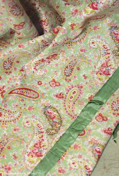 Vintage Home - 1940s Green and Paisley Eiderdown Cover: www.vintage-home.co.uk