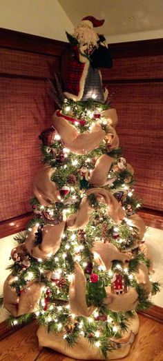 cute santa-themed tree! Rustic Christmas Tree