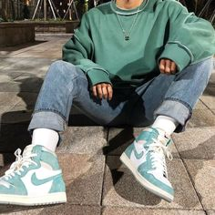 Skater Girl Outfits, Teen Fashion Outfits, Mode Outfits, Fashion Shoes, Urban Outfits, Teenage Boy Fashion, Nike Fashion Outfit, 90s Outfit Men, Sneakers Fashion Outfits