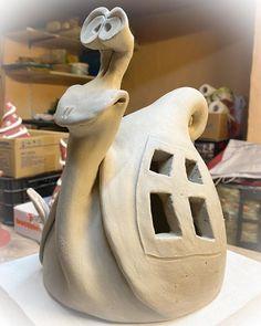 Ceramic Angels, Ceramic Birds, Ceramic Clay, Ceramic Pottery, Pottery Art, Ceramic Sculpture Figurative, Potters Clay, Keramik Design, Pottery Handbuilding