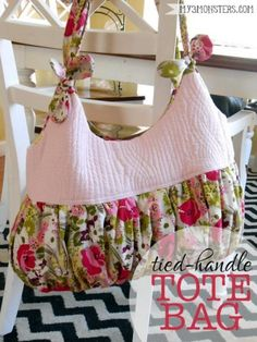 Pattern Pile - lots of great patterns & tutorials for bags, handbags, purses, clutches, etc.  This one is for Tied-Handle Tote Bag – Free PDF Sewing Pattern