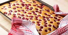 It's A Merry Get-Together With Belle's Homemade Cherry Cake Recipe! - Page 2 of 2 - Recipe Patch Cherry Cake Recipe, Cherry Recipes, Food Cakes, Kiev Cake, Bulgarian Desserts, Cake Preparation, Recipe Patch, Greek Sweets, Butter Recipe
