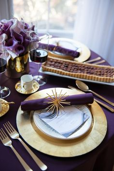 A Modern-Glam Thanksgiving purple and gold
