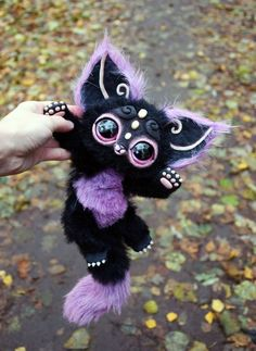 Black kitten by GakmanCreatures on Etsy Cute Fantasy Creatures, Cute Creatures, Magical Creatures, Alien Creatures, Cute Animal Drawings, Cute Drawings, Chalk Drawings, Cute Little Animals, Cute Art