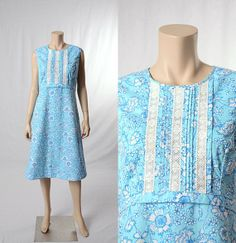 Vintage 70s Lilly Pulitzer Floral Lace Dress 1970s The Lilly Blue White Flowers Shift Sun Dress Boho Hippie Hawaiian size Medium M