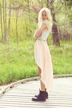 lookbookdotnu: Painted in pastel (by Fanny Larsson)