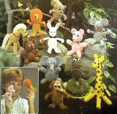 Ehi, ho trovato questa fantastica inserzione di Etsy su https://www.etsy.com/it/listing/150113394/sixteen-16-vintage-crochet-finger-puppet