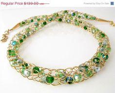 LE fil d'or vente crochet collier collier en par DianaShyeJewelry