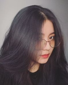"""""""Happiness is not the Achievement of Dreams. It is the Path to Dreams. Korean Girl Photo, Cute Korean Girl, Beautiful Girl Makeup, Beautiful Asian Girls, Teen Girl Photography, Girl Korea, Ulzzang Korean Girl, Uzzlang Girl, Cute Girl Face"""