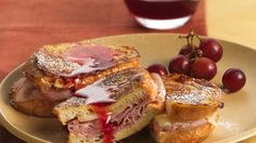 15 Simple and Delicious Breakfast Recipes - Monte Cristo Stuffed French Toast with Strawberry Syrup Empanadas, Delicious Breakfast Recipes, Yummy Food, Dinner Recipes, Burritos, Strawberry Syrup Recipes, Raspberry Syrup, Tapas, Grilled Ham And Cheese