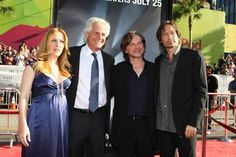 Gillian Anderson, David Duchovny, Chris Carter and Frank Spotnitz at event of The X Files: I Want to Believe (2008)