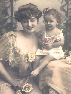 Vintage Mother & Child photo from Magic Moonlight Free Images