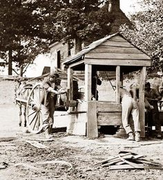 Fredericksburg, Virginia. Soldiers drawing water from a well. Army of the Potomac