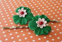 Lily  Set of 2 Hairpins by bazaarLatino on Etsy (Accessories, Hair, Bobby Pin, vintage, bobby pin, lily, waterlily, green, bead, kitsch, flower, children, summer, water, lilypad)