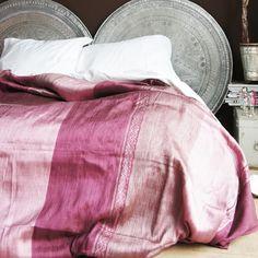 Bedding & other textiles : Woven cloth 16