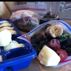 pre-made smoothie packs with frozen greek yogurt cubes