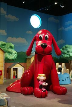 Clifford's at EdVenture Children's Museum! Will you visit the Big Red Dog this weekend? Here's what else is #famouslyhot this weekend, March 15-17.