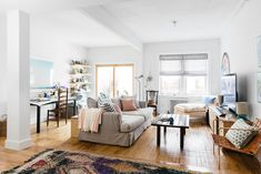 Rebecca Atwood's Brooklyn Home - Apartment decorated like the ocean Living Room Inspiration, Interior Design Inspiration, My Home Design, House Design, Living Area, Living Room Decor, Living Rooms, Brooklyn Apartment, Studio Apartment